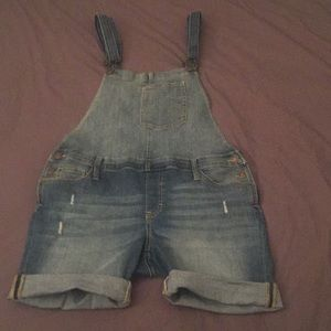 G.H. Bass Jean Overalls 10 Like new